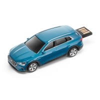 Original Audi e-tron USB Stick, 32 GB, Antiguablau