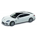 Porsche Panamera Turbo S E-Hybrid Executive G2, carraraweißmetallic, 1:43 -